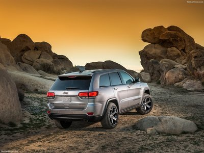 Jeep Grand Cherokee Trailhawk 2017 poster #1250876