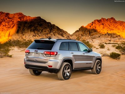 Jeep Grand Cherokee Trailhawk 2017 poster #1250879