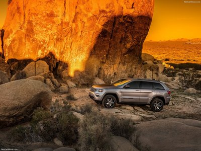 Jeep Grand Cherokee Trailhawk 2017 poster #1250895