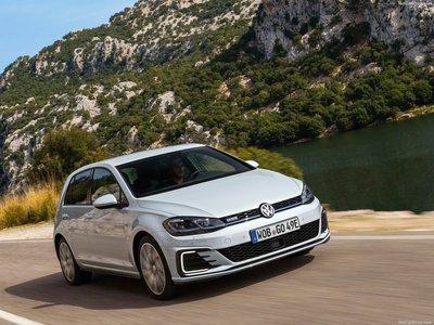 Volkswagen Golf Gte 2017 Poster 1301625 Printcarposter
