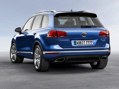 Volkswagen Touareg 2015 poster #1316330
