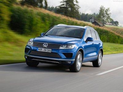 Volkswagen Touareg 2015 poster #1316331