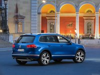 Volkswagen Touareg 2015 #1316366 poster