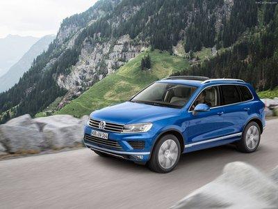 Volkswagen Touareg 2015 poster #1316371