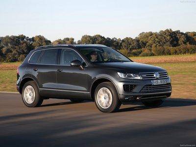 Volkswagen Touareg 2015 poster #1316375