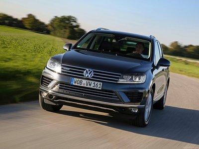Volkswagen Touareg 2015 poster #1316382