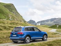 Volkswagen Touareg 2015 #1316383 poster