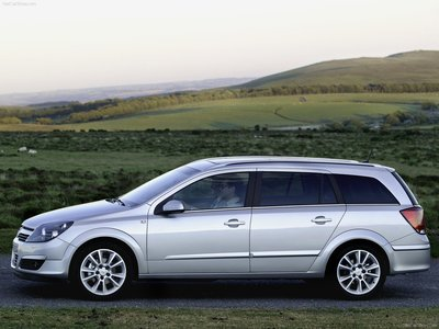 Opel station wagon