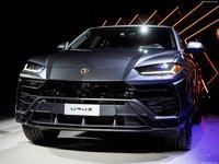 Lamborghini Urus 2019 poster