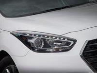 Hyundai i40 2015 poster