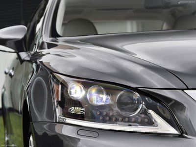 Lexus LS [EU] 2013 poster #1411982