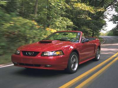 Ford Mustang Gt Convertible 2001 Poster