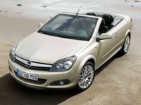 Opel Astra TwinTop 2006 poster
