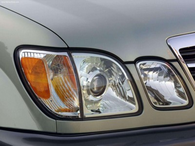 Lexus LX470 2003 poster #537966