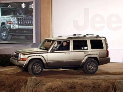 Jeep Commander 4x4 Limited 5.7 HEMI 2006 poster #579140