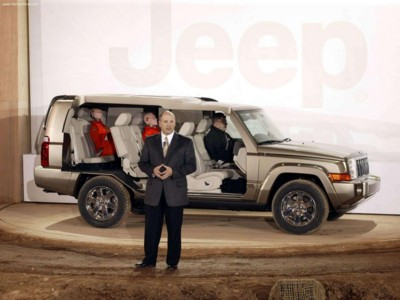 Jeep Commander 4x4 Limited 5.7 HEMI 2006 poster #579445