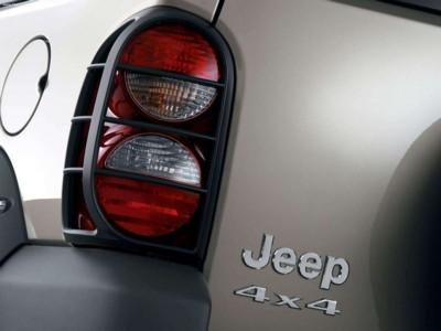 Jeep Liberty Renegade 3.7 2005 poster #579548
