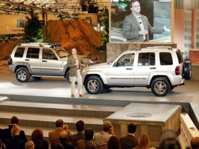 Jeep Liberty Renegade 3.7 2005 poster #579657