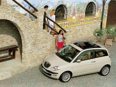 Lancia Ypsilon DFN 2004 poster #617565